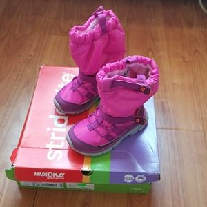 NWOT Stride Rite M2P Sneaker Boot Pink